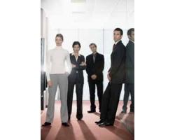 Как себя вести, если на работе есть завистники