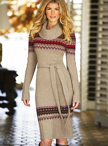 7cf51b61503 Вязаное платье считается классикой