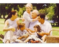 Стоит ли молодым жить с родителями?