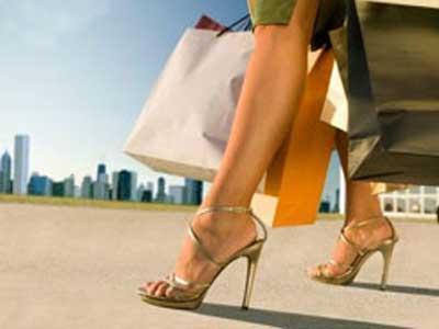 c856533ae У девушек на каблуках красивая осанка, что делает ее более неотразимой и  уверенной в себе. Но как можно применить на практике магию каблуков, ...