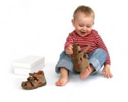 Детская обувь на первые шаги