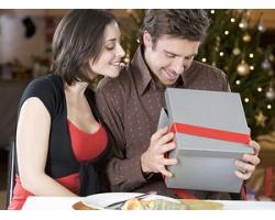 На какие подарки обидятся мужчины