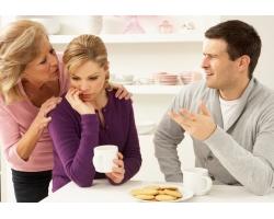 Как объяснить мужу, что свекровь лишняя