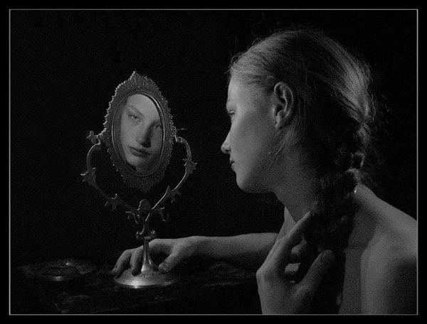 Фото он она зеркало