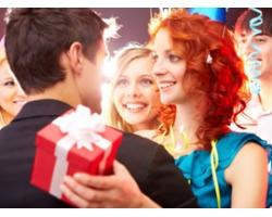 Что подарить подростку из парфюмерии