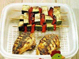 Курица с овощами на гриле