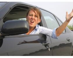 Женщина за рулем: 9 способов избежать стресса