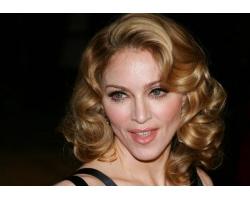 Новый сингл Мадонны выйдет в апреле