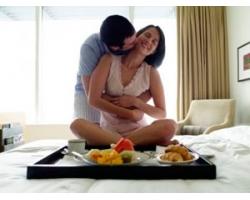 Романтические поступки и подарки