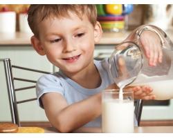 Выбираем молочные продукты ребенку