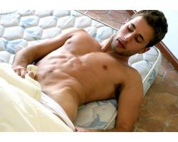 Почему мужчины имитируют оргазм