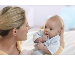 Почему важно постоянное общение матери и младенца