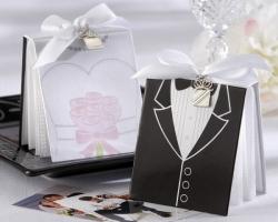 Как отметить вторую годовщину свадьбы и какой подарок преподнести второй половинке