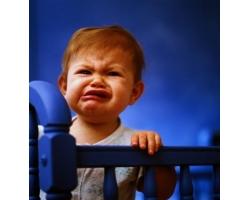 Что делать, если ребенок постоянно хнычет?