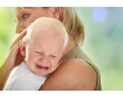 Почему плачут маленькие дети?