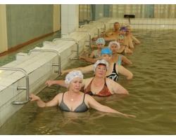 Лечебная гимнастика в воде при ожирении