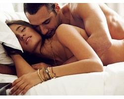 Польза разнообразия поз в интимных отношениях
