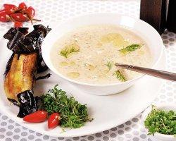 Суп с запеченными баклажанами и помидорами