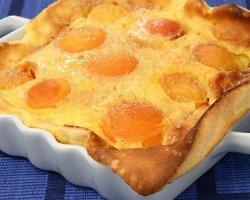 Абрикосовый пирог с грецкими орехами