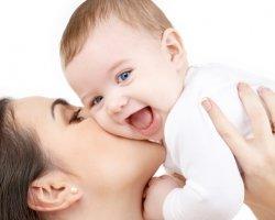 Советы медсестры: введение прикорма младенцам