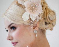 Свадебные укладки и прически на среднюю длину волос