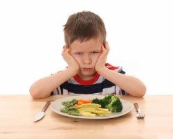 Как приучить ребенка кушать овощи?