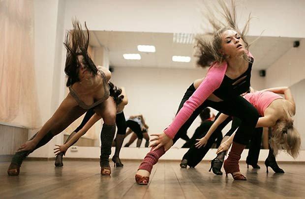 Домашние стриптиз танец