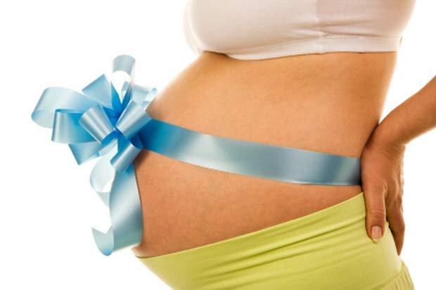 Уже 40 недель беременности секс помогает быстрее родить