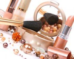 Выдумки и факты о косметике