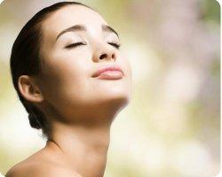 Лебединая шея – искусственная коррекция или результат правильного ухода?