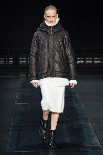 ... Осень-Зима 2015–2016 с фото. Именно куртка станет главным атрибутом  осенне-зимнего женского гардероба в предстоящем сезоне. 8641e95ff0a53
