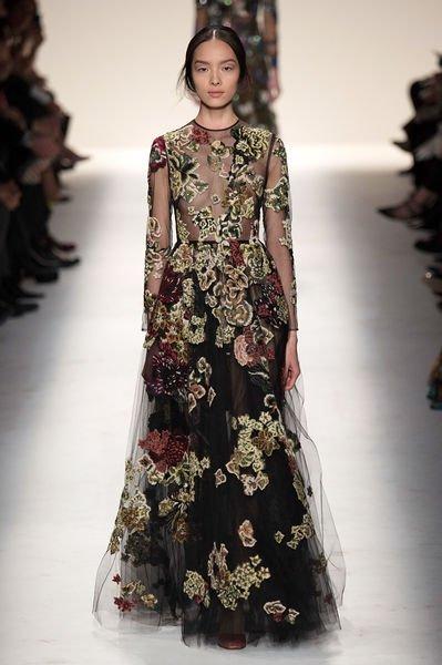 462ba6d9efd В жизни современной женщины практически не осталось места для шикарных вечерних  платьев. В обычные дни многие предпочитают удобный и практичный стиль  casual ...