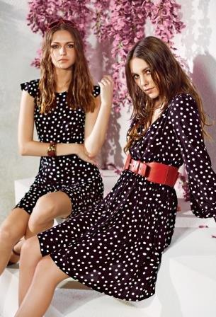 236c957364dc Платье в горошек  особенности подбора фасона и аксессуаров.