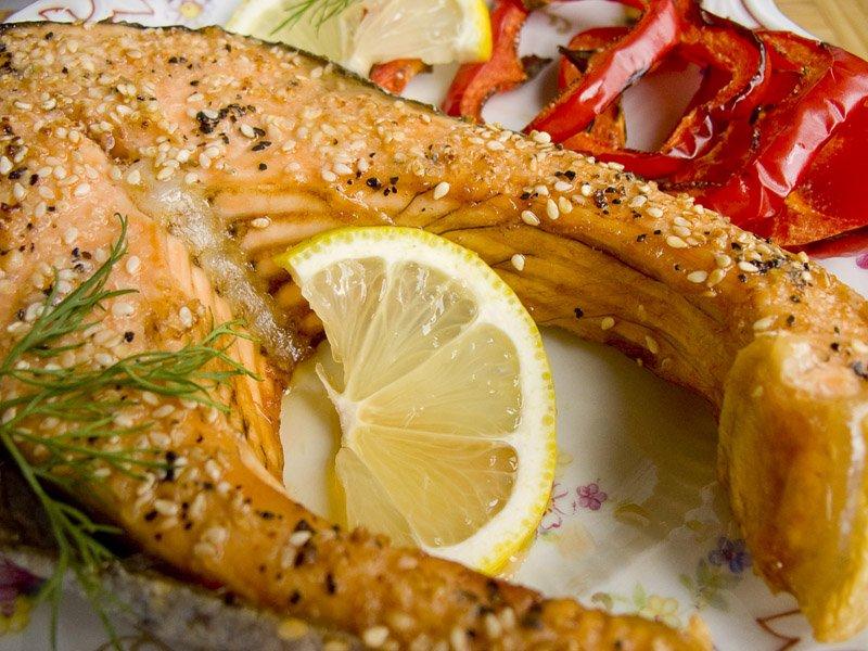 Рыба — это очень сытный и вкусный ингредиент многих основных блюд, закусок, выпечки и салатов.