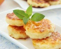 Сырники – вкуснейшие рецепты на скорую руку