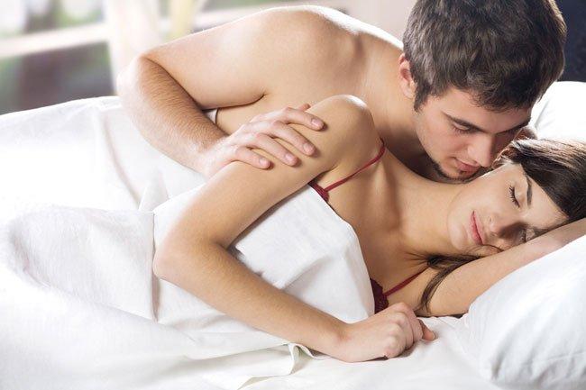 Капля крови во время секса у девушки