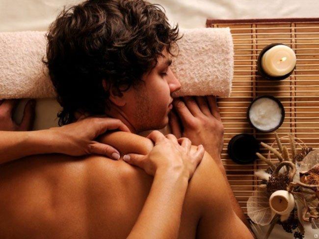 Как сделать массаж девушке эротически индивидуалки пары энгельс