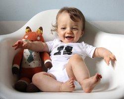 Ребенок в 10 месяцев: режим питания, что он должен уметь?
