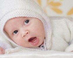 Что должен делать ребенок в 2 месяца?