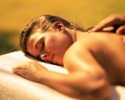 Учимся делать эротический массаж женщине или мужчине