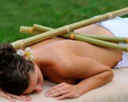 Экзотический и полезный массаж палочками из бамбука