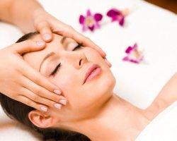 Для чего необходим косметический массаж лица
