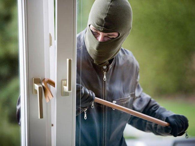 Сонник ограбили квартиру родителей