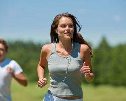 Как правильно бегать, чтобы убрать живот и бока?