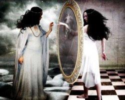 Видеть себя в зеркале: расшифровка сонников