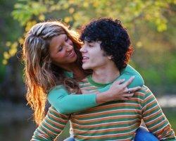 Признаки влюбленности у девушек