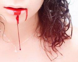 К чему снится кровь изо рта?