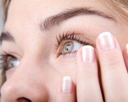 Как снять отек с глаз от слез? Полезные советы
