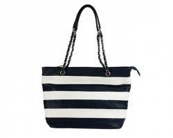 Сумок много не бывает: выбираем модные сумки с Эконикой