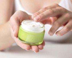 Гормональный крем для лица: вред и польза